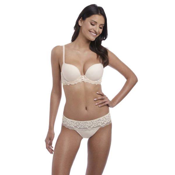 Lace Essentiel - Cream Powder - contour bra and tanga
