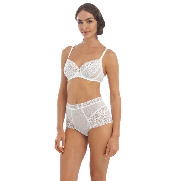 rafine white underwire bra & full brief front