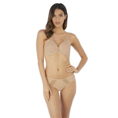 Lisse Underwire Moulded Non Padded Bra by Wacoal